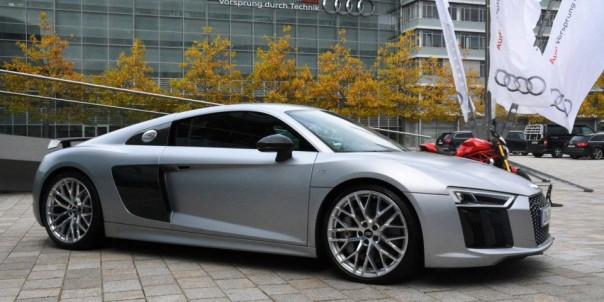 Audi-R8-V10-plus-Florett-Silver-283-960x480